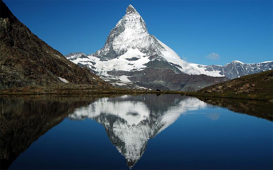 Beautiful-Matterhorn-mountain